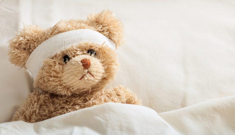 teddy-bear-sick-in-the-hospital-PJBJNSA